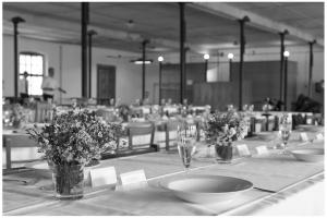 Netradiční svatba v továrně Mastných