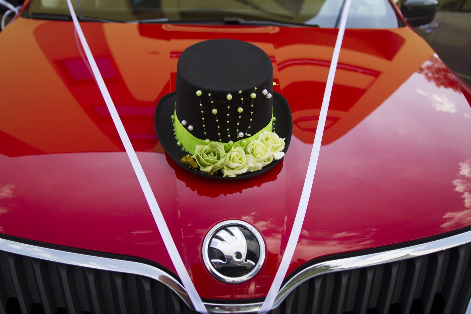 Auto na svatbu