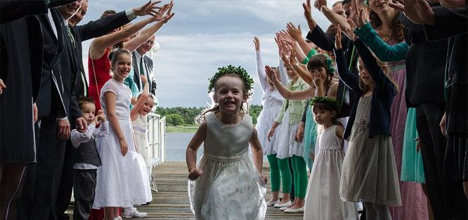 Svatební tradice a zvyky - družičky