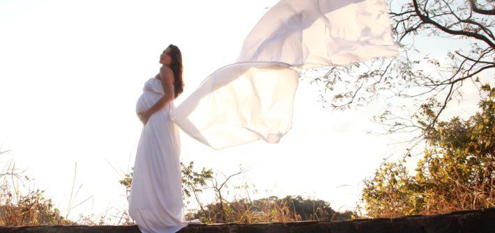 Jak vybrat těhotenské svatební šaty