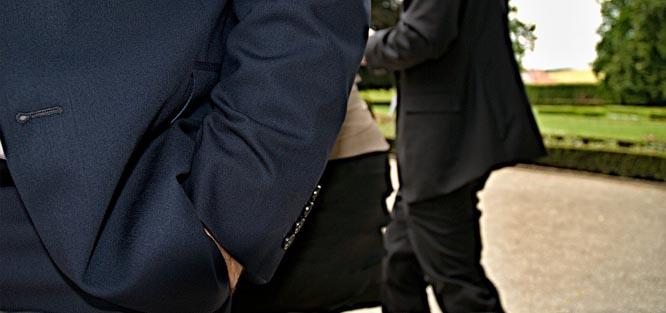 385e28d1e1f7 Modrý společenský oblek na svatbu