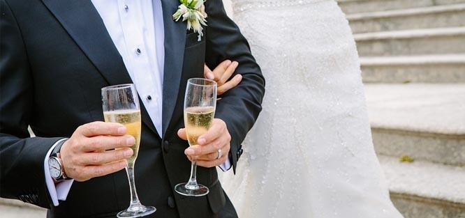 Jak probíhá svatební obřad - přípitek