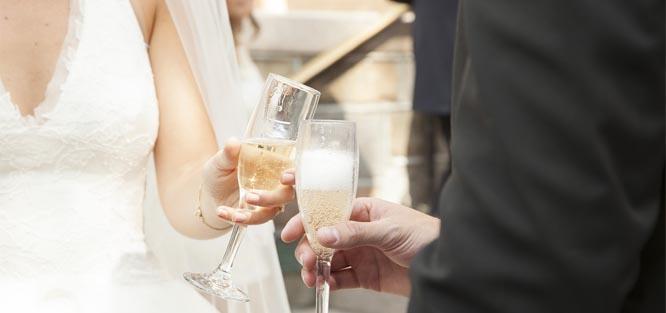 Výběr alkoholu na svatbu - přípitek
