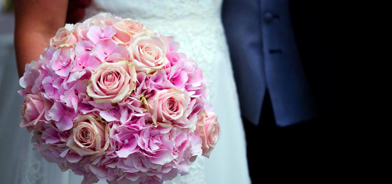 Ruzova Svatebni Kytice Vyznam Kvetiny A Fotogalerie
