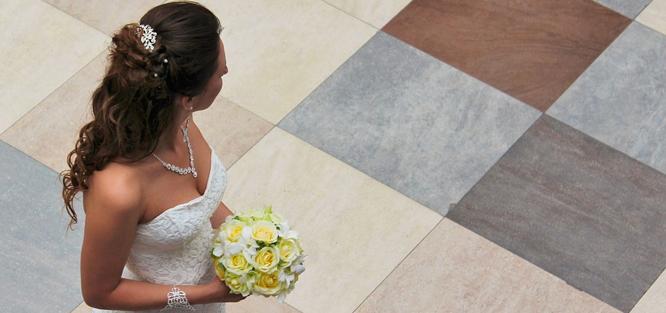 Házení svatební kytice jinak