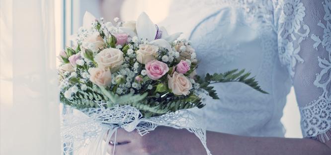 Kdy házet svatební kyticí