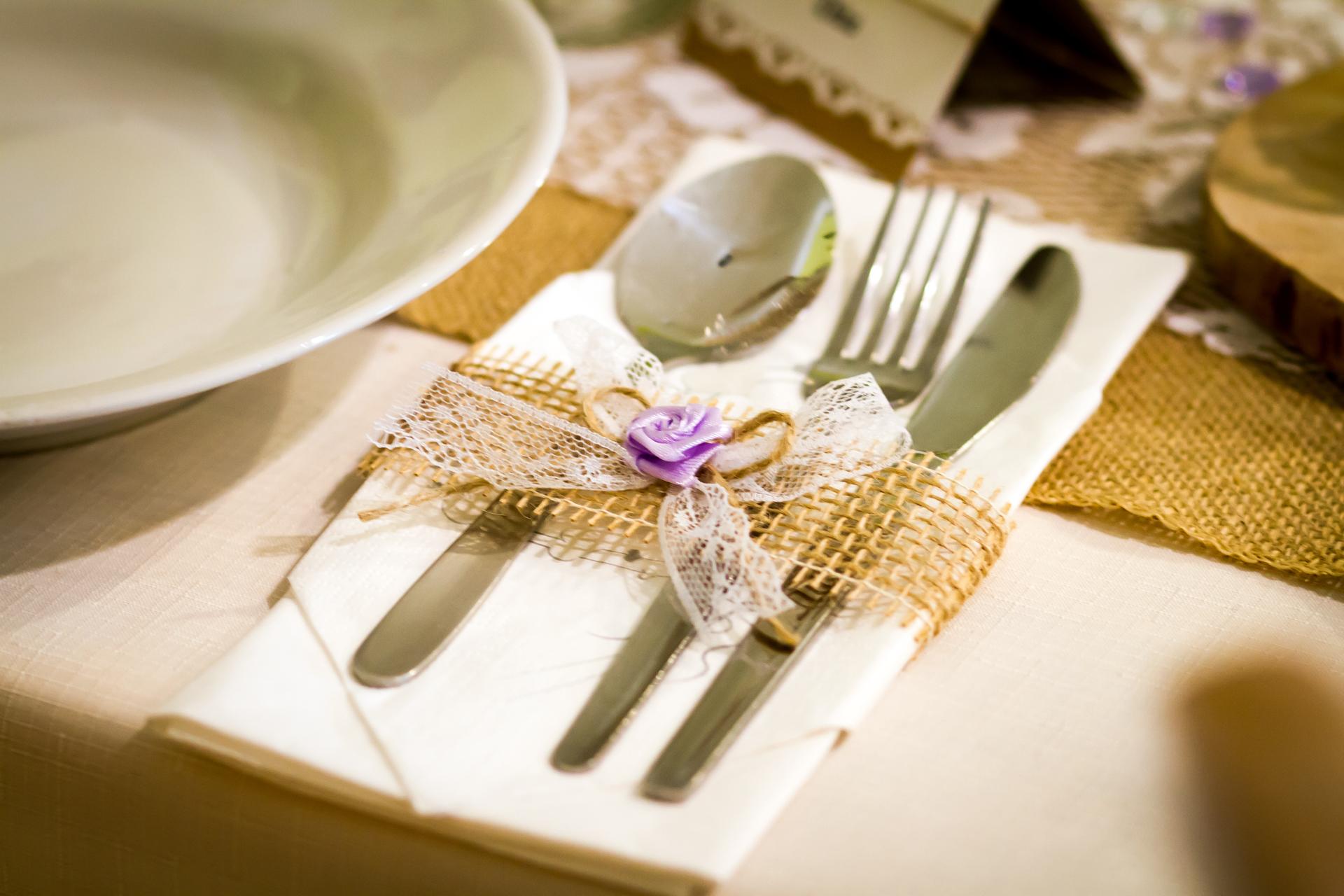 Jutové svatební dekorace