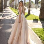 Jak vybrat svatební šaty – áčkové svatební šaty