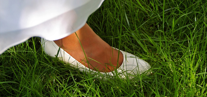 Svatební boty do trávy