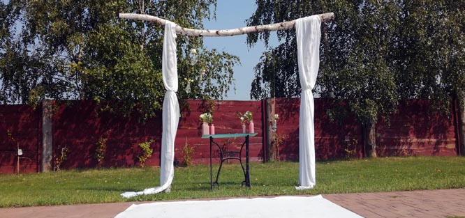 Rustikální svatba - brána