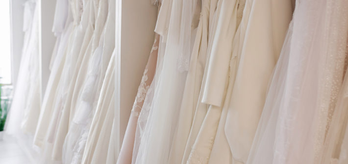 Trendy pro svatební šaty 2021