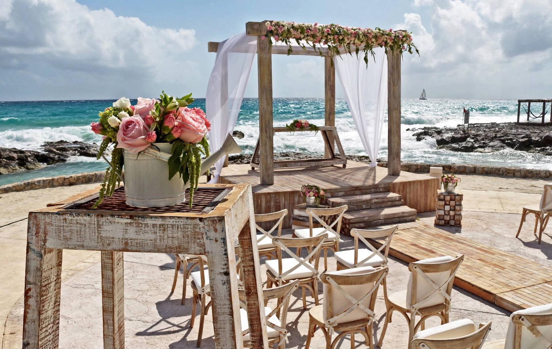 Cena svatby v zahraničí
