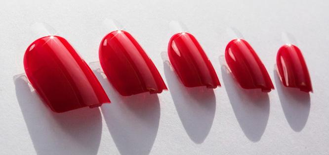 Umělé svatební nehty