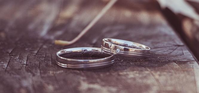 Kolik stojí svatební prsten